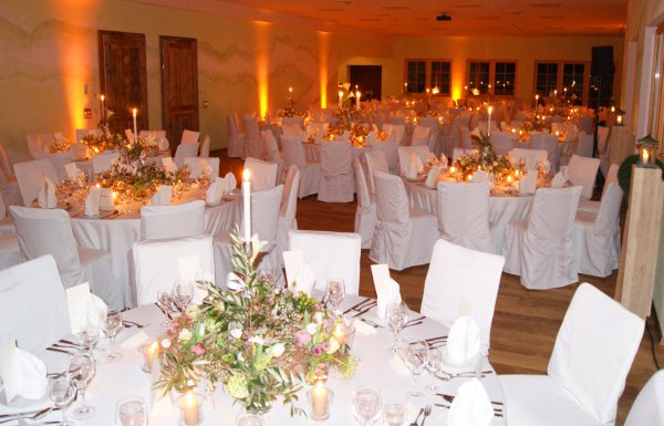 Die Event Location In Bayern Oberaudorf Hotel Feuriger Tatzlwurm